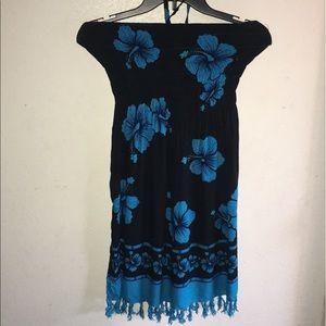 Dresses & Skirts - Gorgeous beach dress